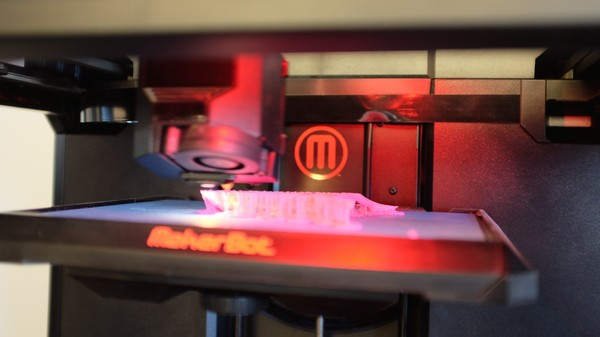 ​Remaking MakerBot