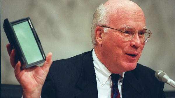 20 Years Ago, A Senator Became the First US Lawmaker to Use Encryption