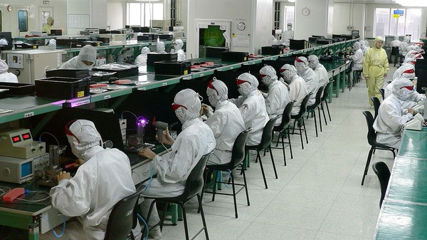 The 'Robots Replacing Foxconn Workers' Story Is Less Sexy Than You Think