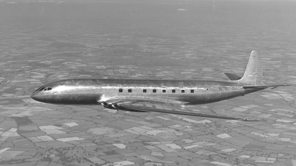 May We Never Forget the First Jet Airliner, The De Havilland Comet