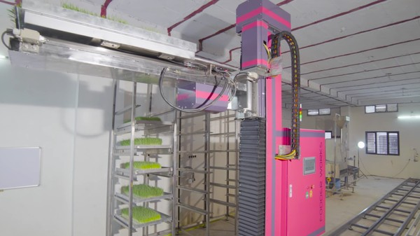 This Giant Vertical Farming Robot Is Coming For Your Crops