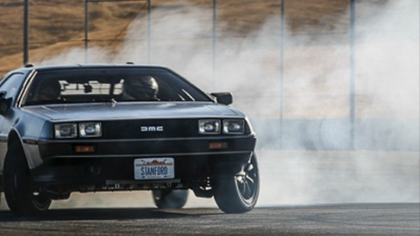 ​Watch This Self-Driving, Electric DeLorean Do Donuts Like a Boss