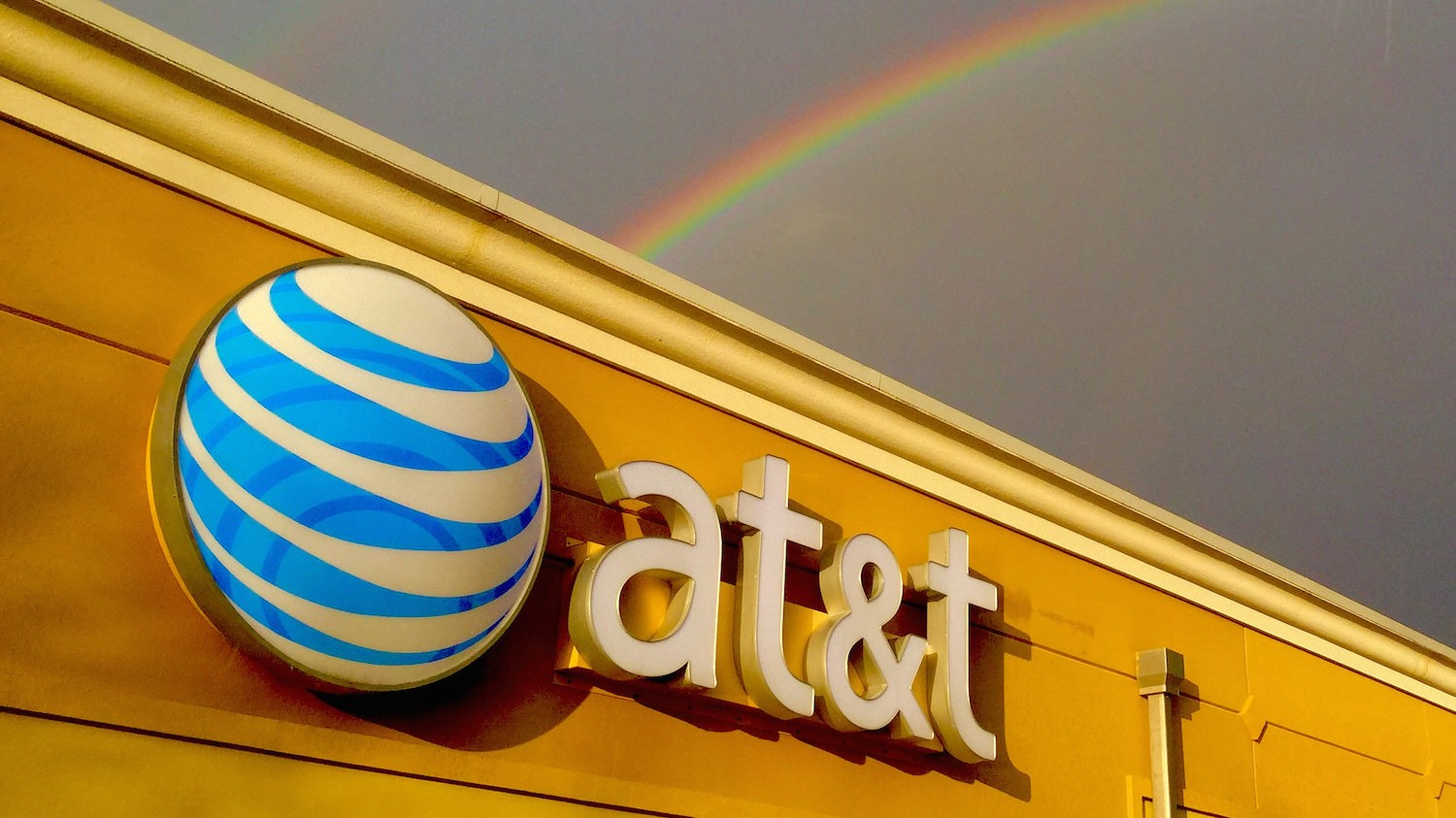 Public Interest Groups Sound the Alarm Over Possible AT&T-Time Warner Merger