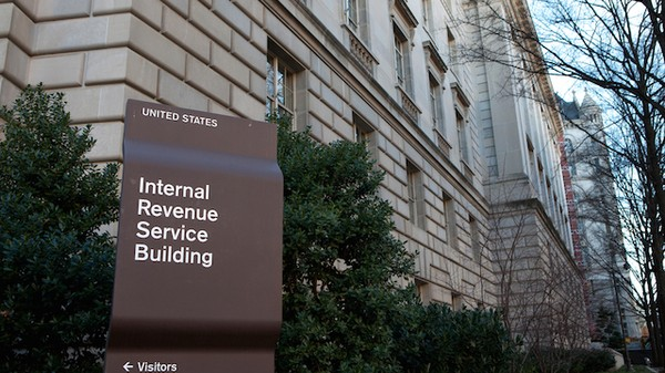 IRS Demands Identities of All US Coinbase Traders Over Three Year Period