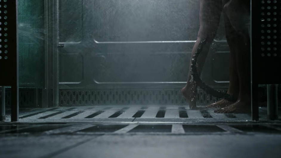 Aliens and Shower Sex Don't Mix in the 'Alien: Covenant' Trailer