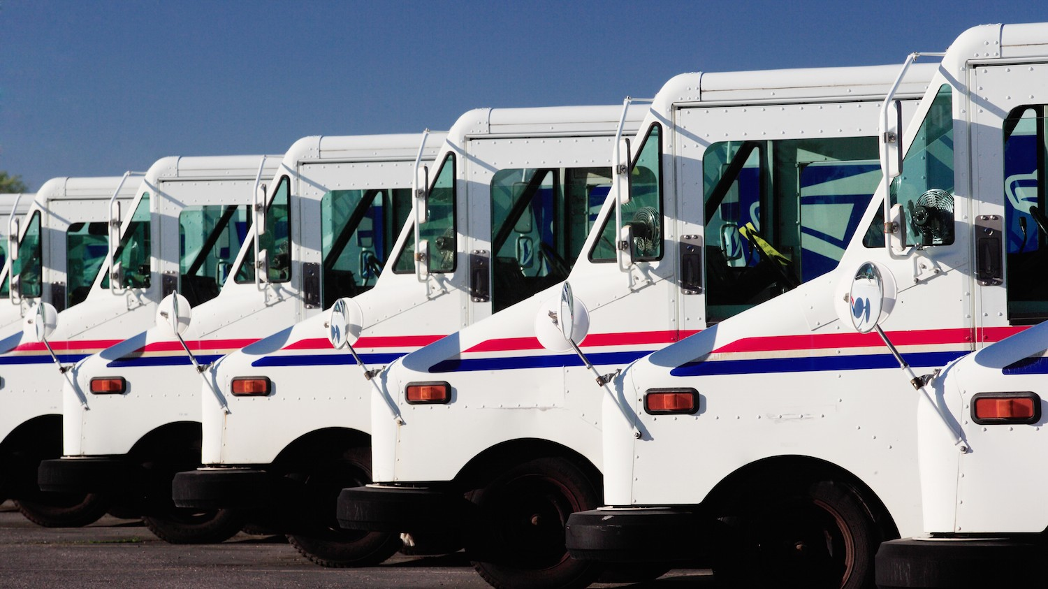 The US Postal Service Wants to Hunt Down Dark Web Criminals