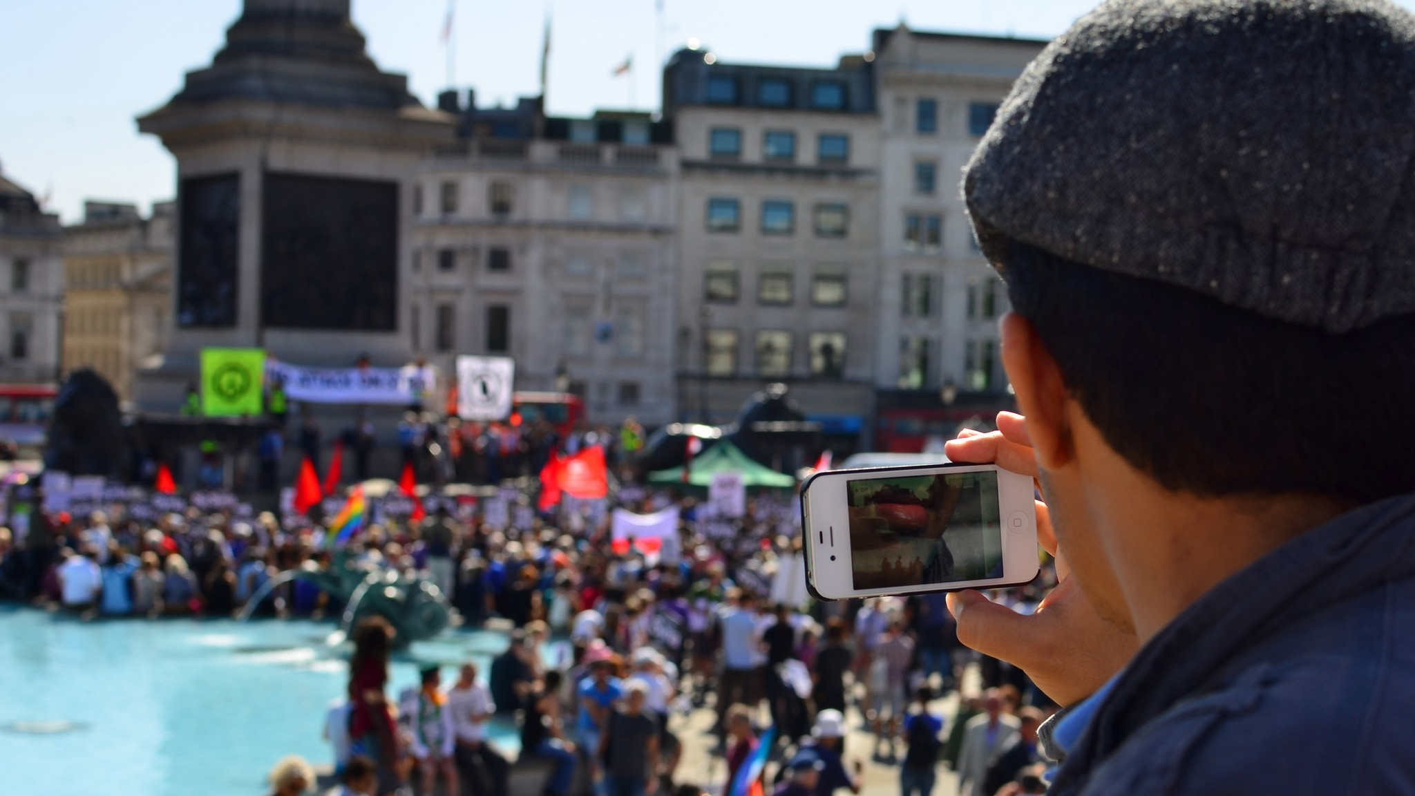 How to Protest Without Sacrificing Your Digital Privacy