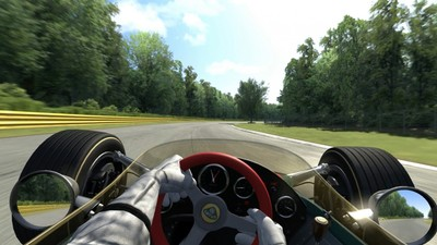 Fast Forward, episodio 1: Assetto Corsa