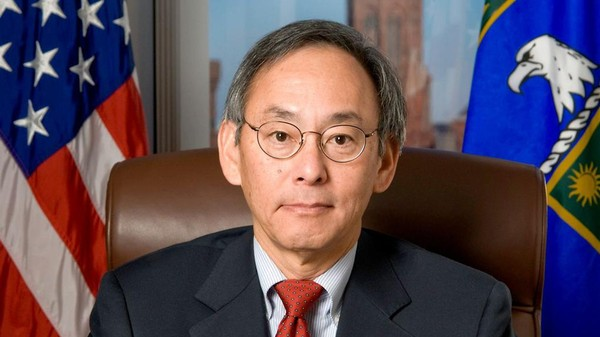 Forget Solyndra: Steven Chu Fought Anti-Science Politics to Make America Smarter
