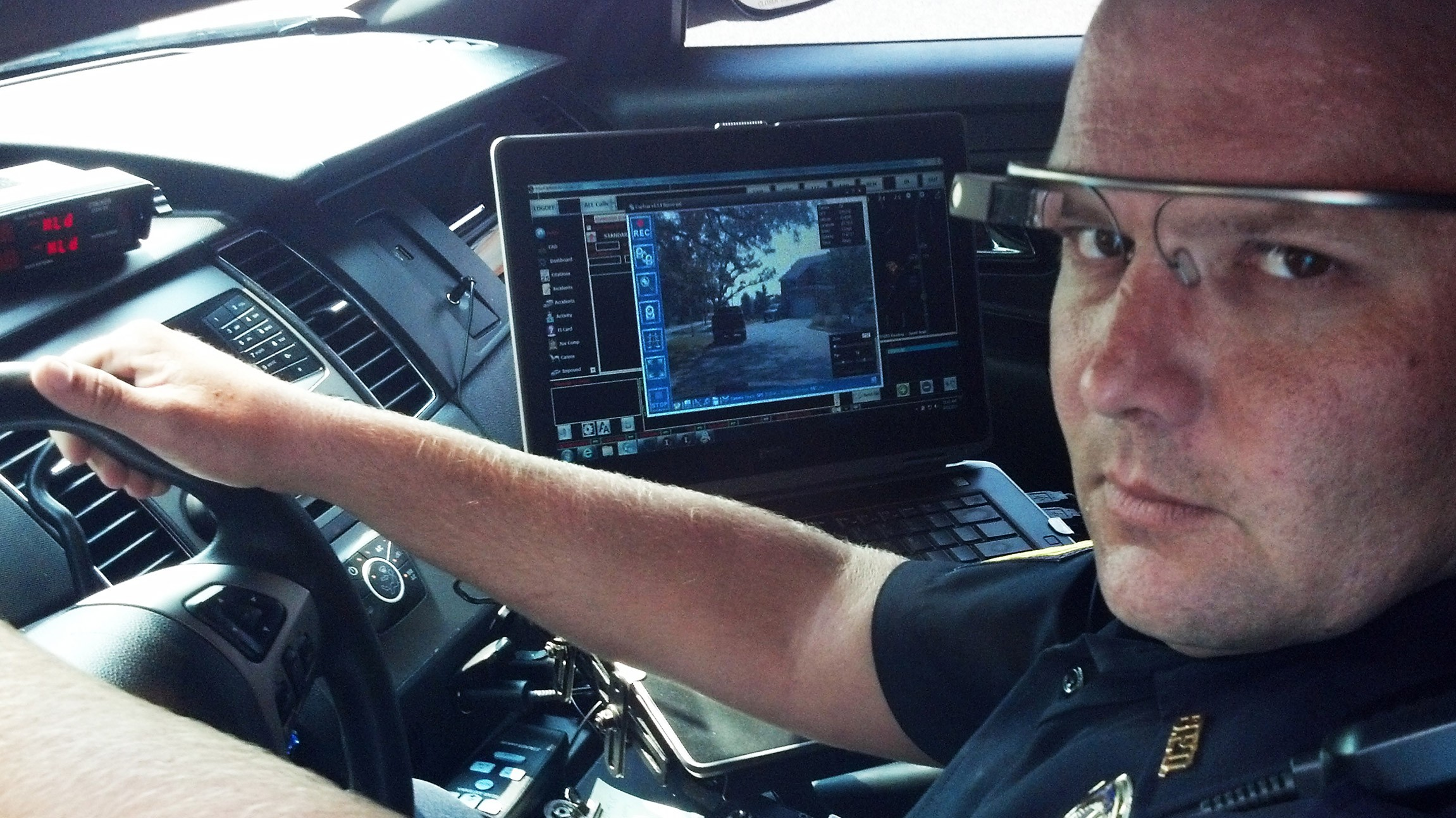 Bans on Driving with Google Glass Won't Apply to Police