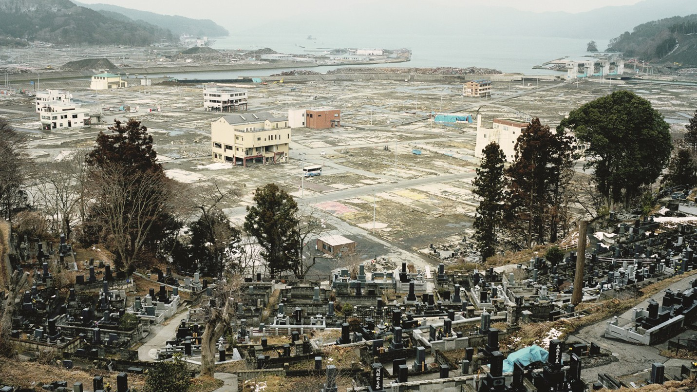 A Stark Photo Series of the Aftermath of Japan's Tōhoku Earthquake