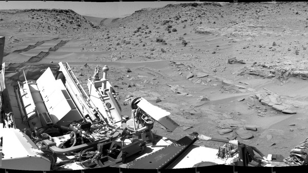 Curiosity Has Made Some Truly Amazing Discoveries in Its First Martian Year
