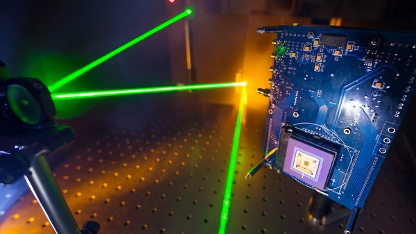 This Camera Sees Around Corners by Imaging Lasers at 15 Billion Frames a Second