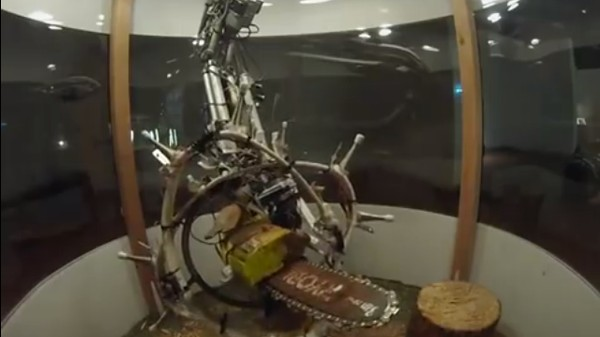 There's a Chainsaw-Wielding Robot Sculptor