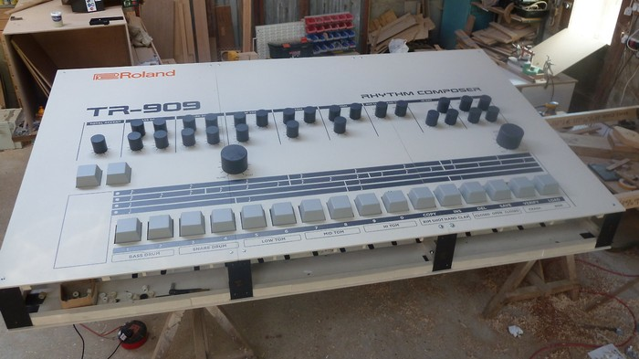 this nine foot tr 909 drum machine is the anti ableton live motherboard. Black Bedroom Furniture Sets. Home Design Ideas