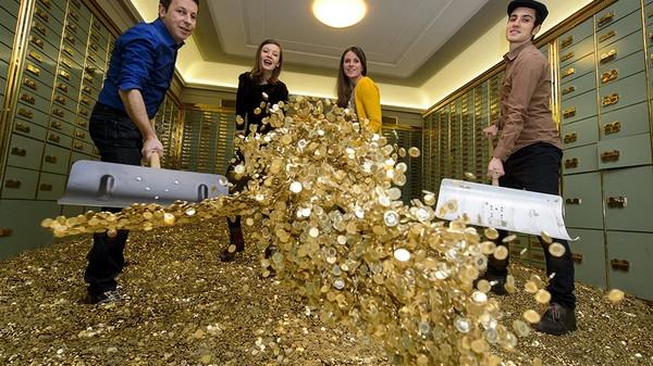 Het Groningse MIESLab start binnenkort een experiment met 'gratis geld'