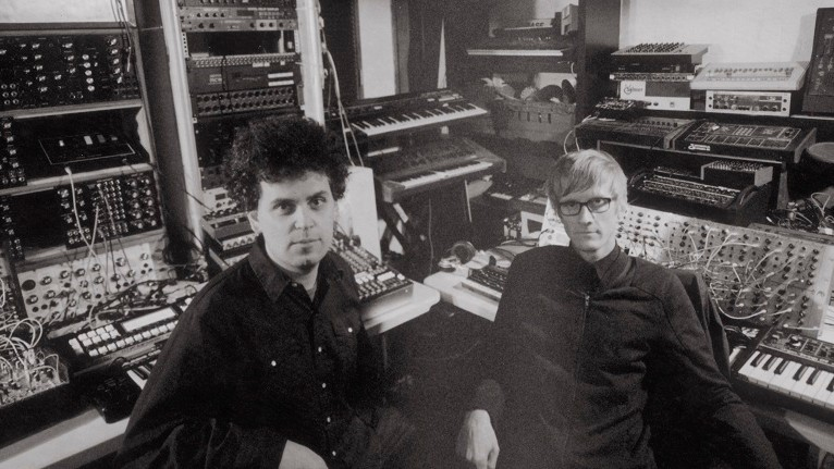 The Retro-Future of Music Is Simian Mobile Disco's 'Whorl' Live Show