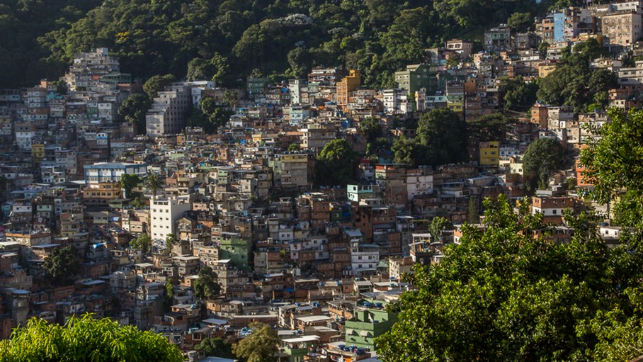 The Mailman Mapping Brazil's Largest Favela by Hand