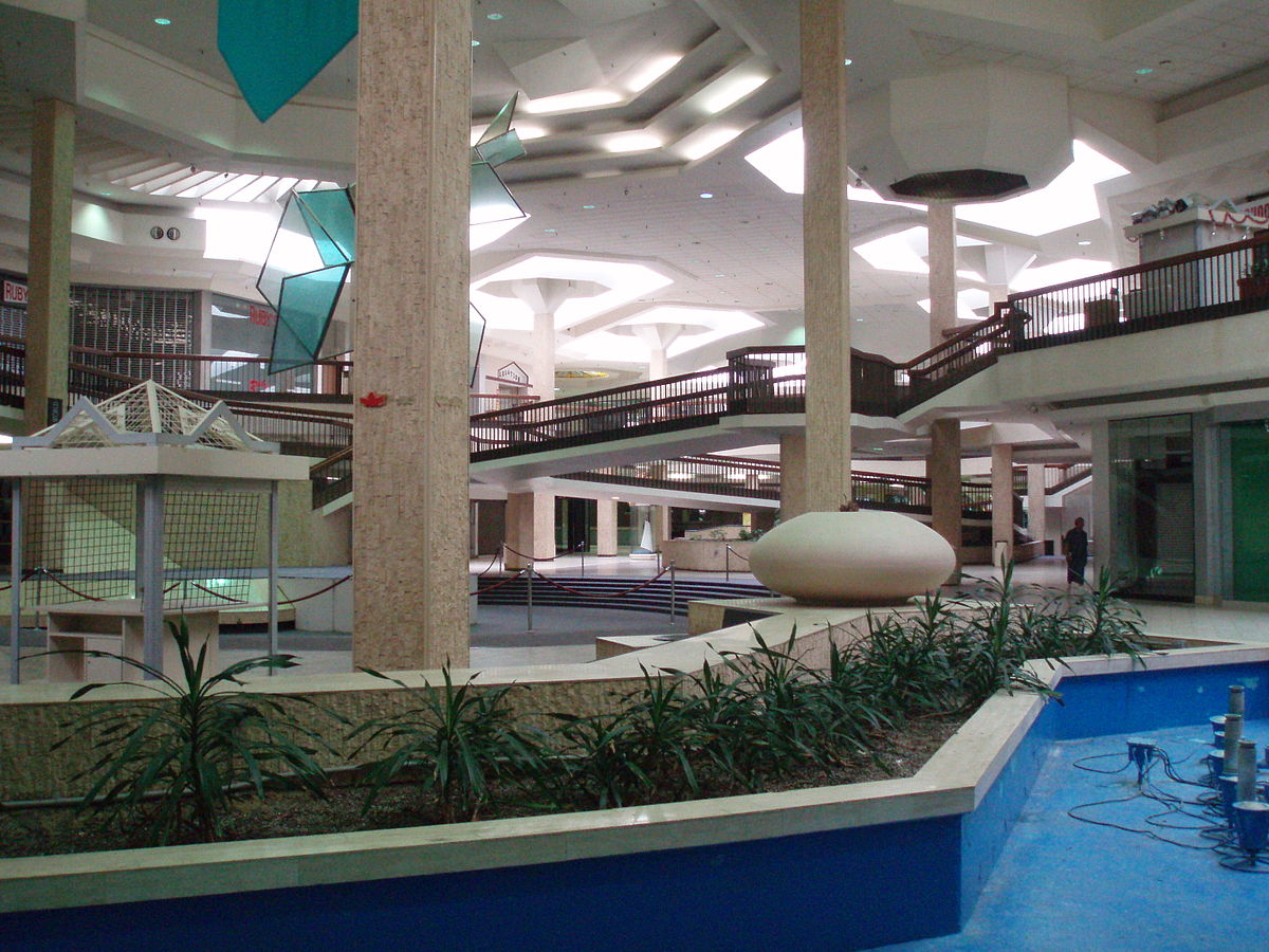 The Internet Is Eating America S Abandoned Shopping Malls