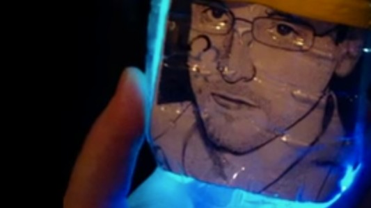Watch Hackers Send Snowden Bitcoin Through a Series of Tubes