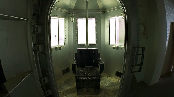 Oklahoma Might Replace Lethal Injections With Nitrogen Gas Chambers