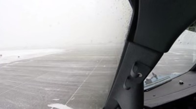 This Is What It Takes to Get a 737 in the Air in Sub-Zero Temperatures