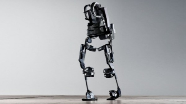 ​In the Transhumanist Age, We Should Be Repairing Disabilities, Not Sidewalks