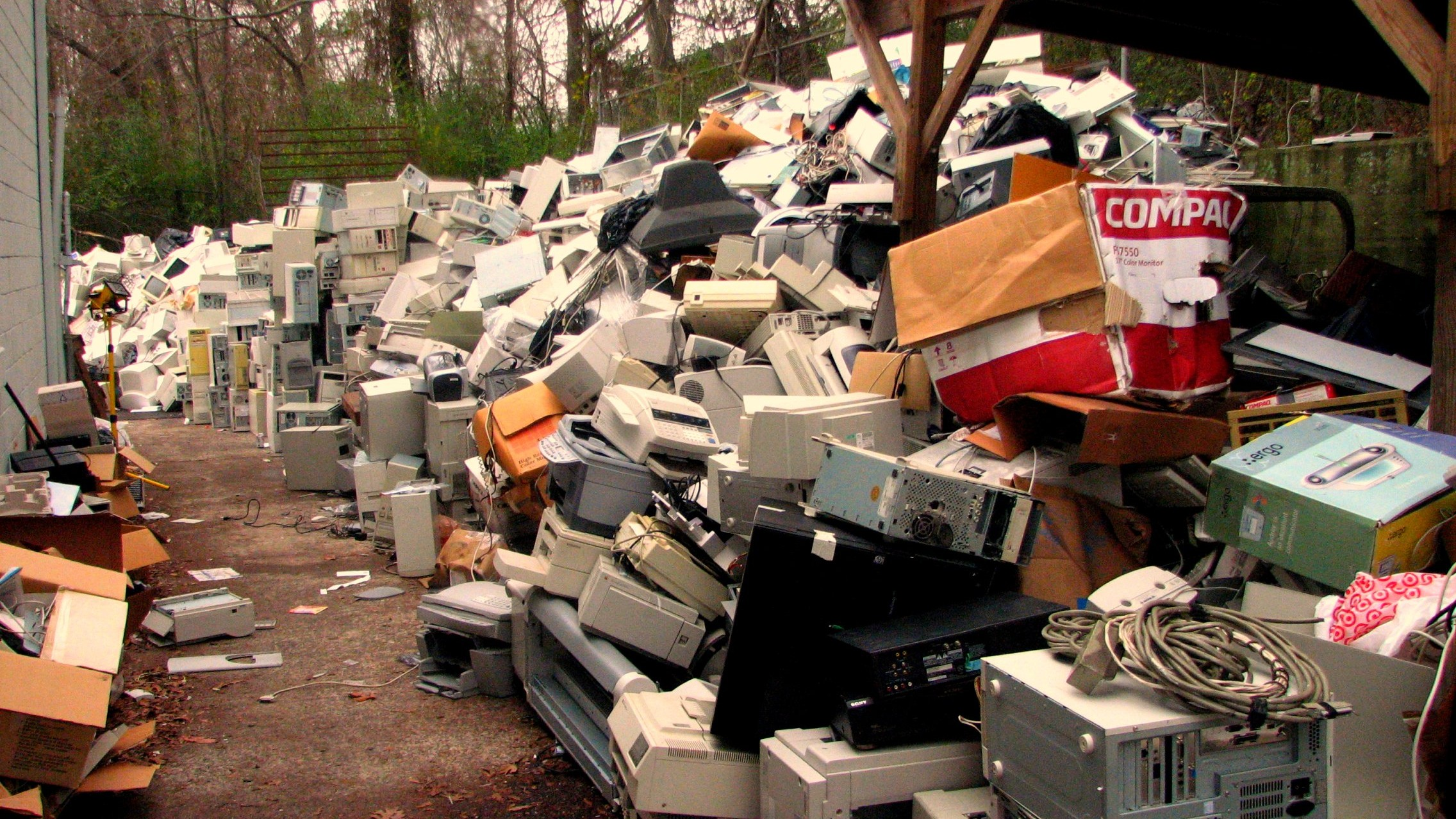 The World Produced a Staggering 41.8 Million Tonnes of E-Waste in 2014