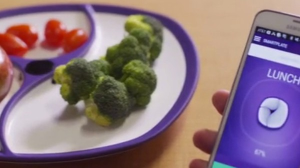 Bluetooth, Unmicrowaveable SmartPlates Are Here to Ruin Dinner
