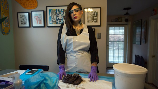 Morgue Instagram: Meet the Pathologist Assistant Who Posts Autopsy Photos