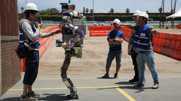 The Surreal Agony of Waiting for Robots to Do Something