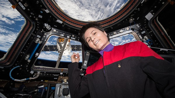 This Italian Astronaut Set a New Women's Record for Longest Single Spaceflight