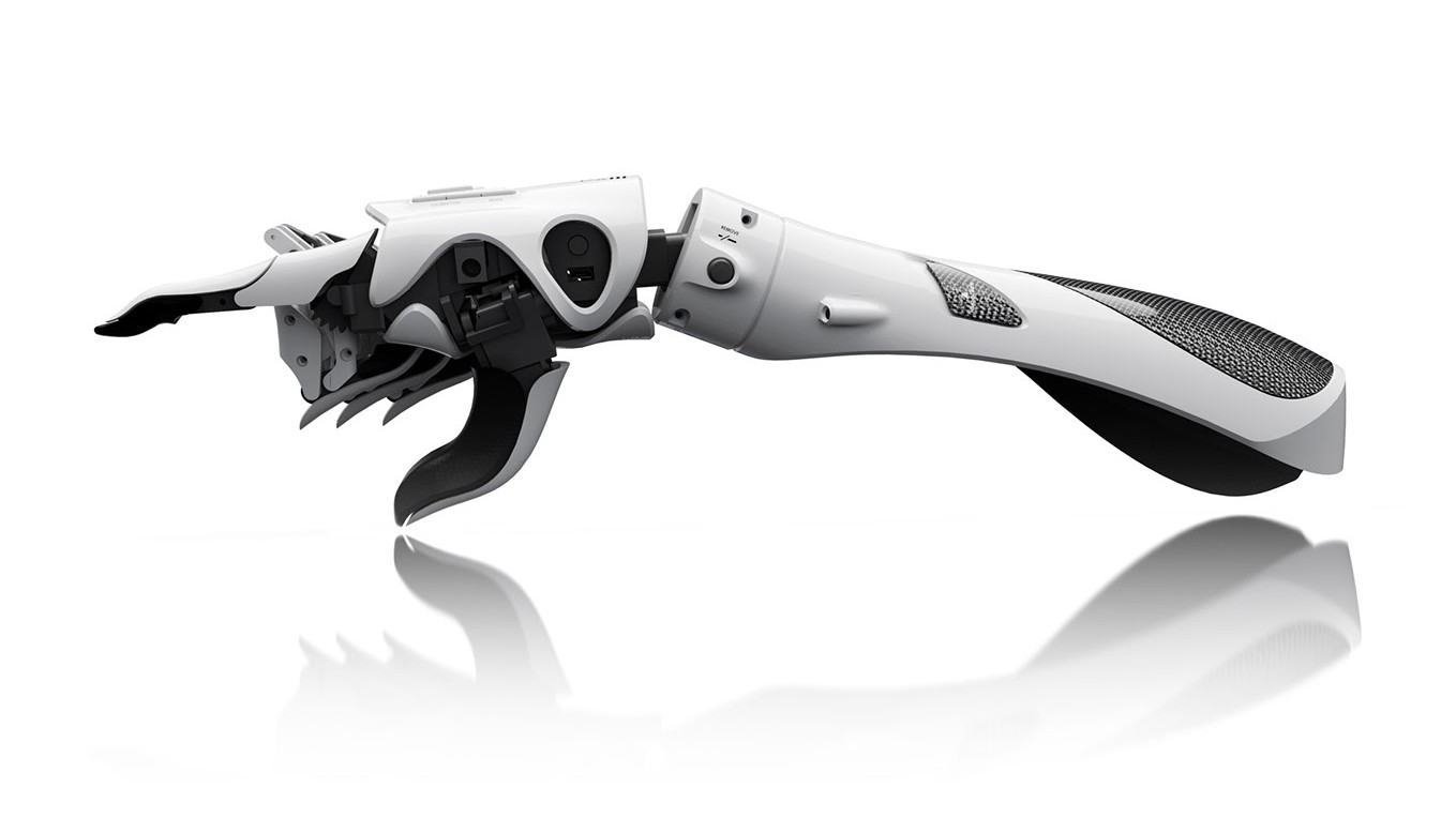 A Group of Redditors Are Contributing Resources to Help Build a Prosthetic Arm