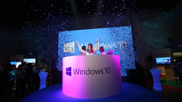 Privacy Activists Aren't Happy with Windows 10