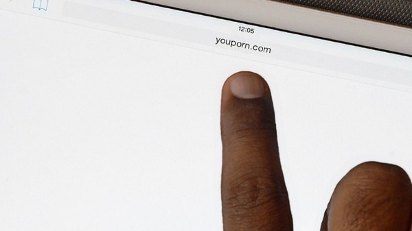 India Partially Reverses Porn Block