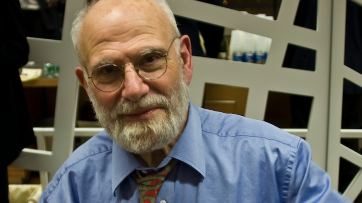 Oliver Sacks Humanized His and Others' Diseases, Is Dead at 82