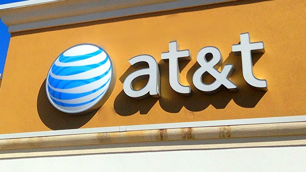 AT&T Sues Ex-Employees That Secretly Unlocked 'Hundreds of Thousands' of Phones
