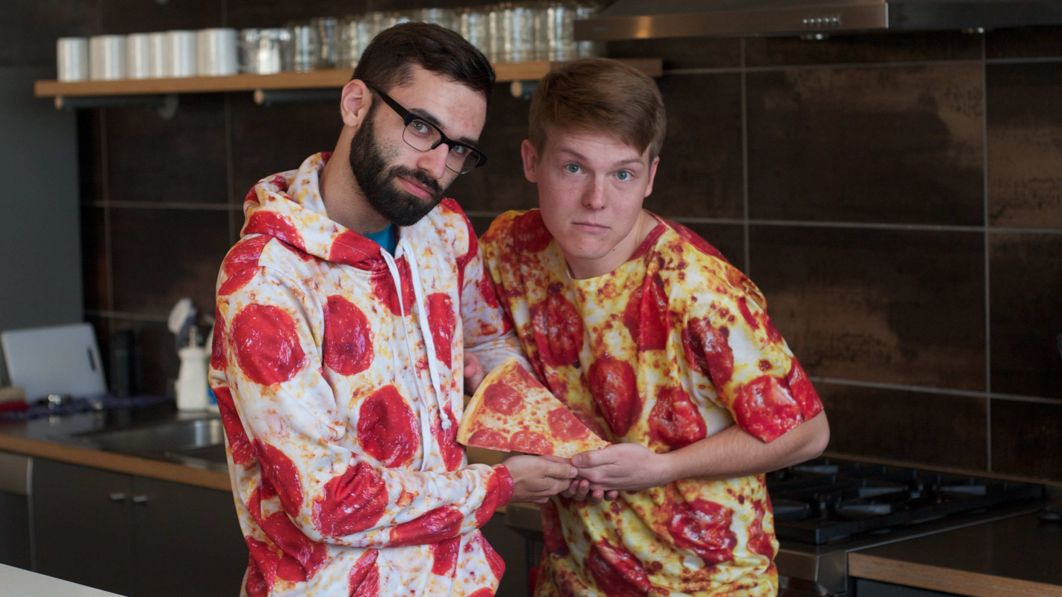 The Pizza Pals Duo Turns DJ Sets of Glitchy Pop Into Playable Video Games