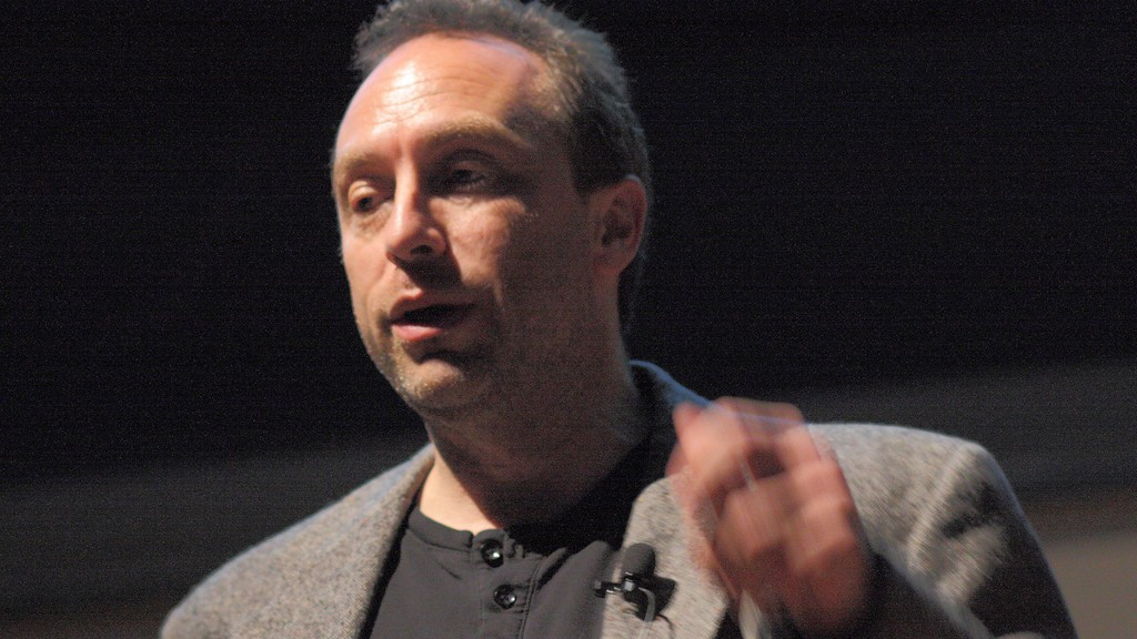 Jimmy Wales: 'There's Really No Excuse' Not to Use Encryption