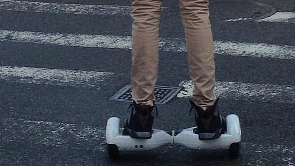 It's Actually Illegal to Ride 'Hoverboard' Scooters on UK Streets