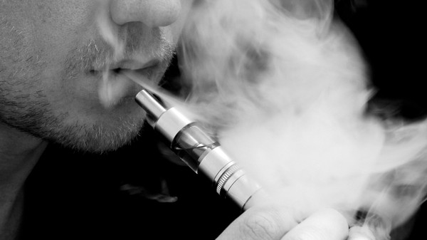 The FTC Is Launching an E-Cig Market Study to Figure Out How Vapes Are Sold