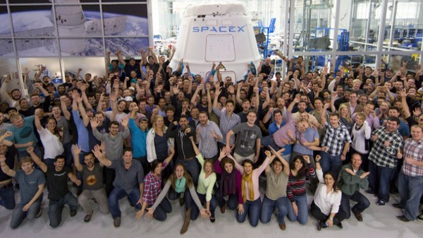 A Former SpaceX Employee Is Suing Over Unpaid Overtime