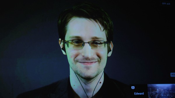 EU Parliament Asks European Countries to Protect Edward Snowden from the US