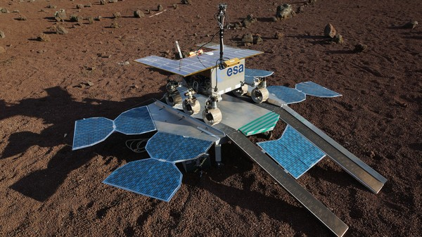 Watch a Mars Rover Practice Its First Steps