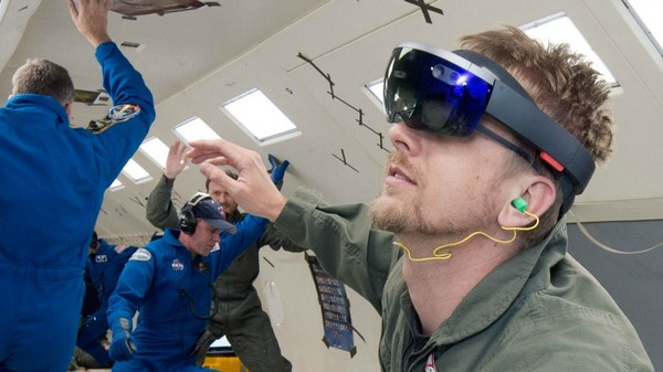 Astronauts Are Getting a 'Holographic Instruction Manual'