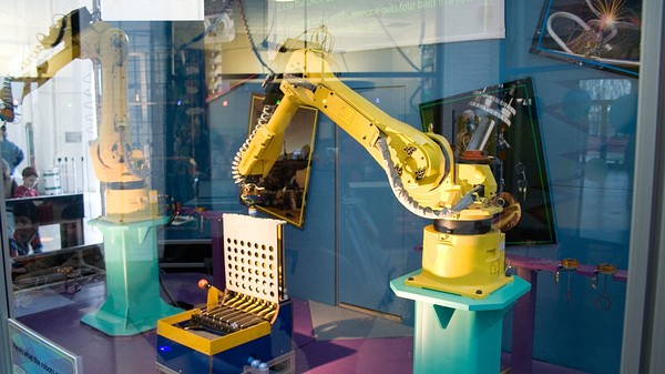 Robots Could Take Over Nearly 50 Percent of Jobs in Japan in the Next 20 Years
