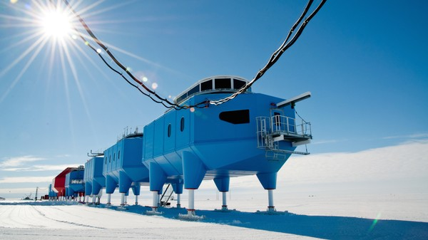 Britain Needs to Move Its Antarctic Base Because the Ice Shelf Is Cracking