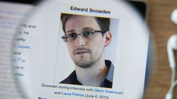 Edward Snowden: Stop Sliding into My DMs With Nude Pics