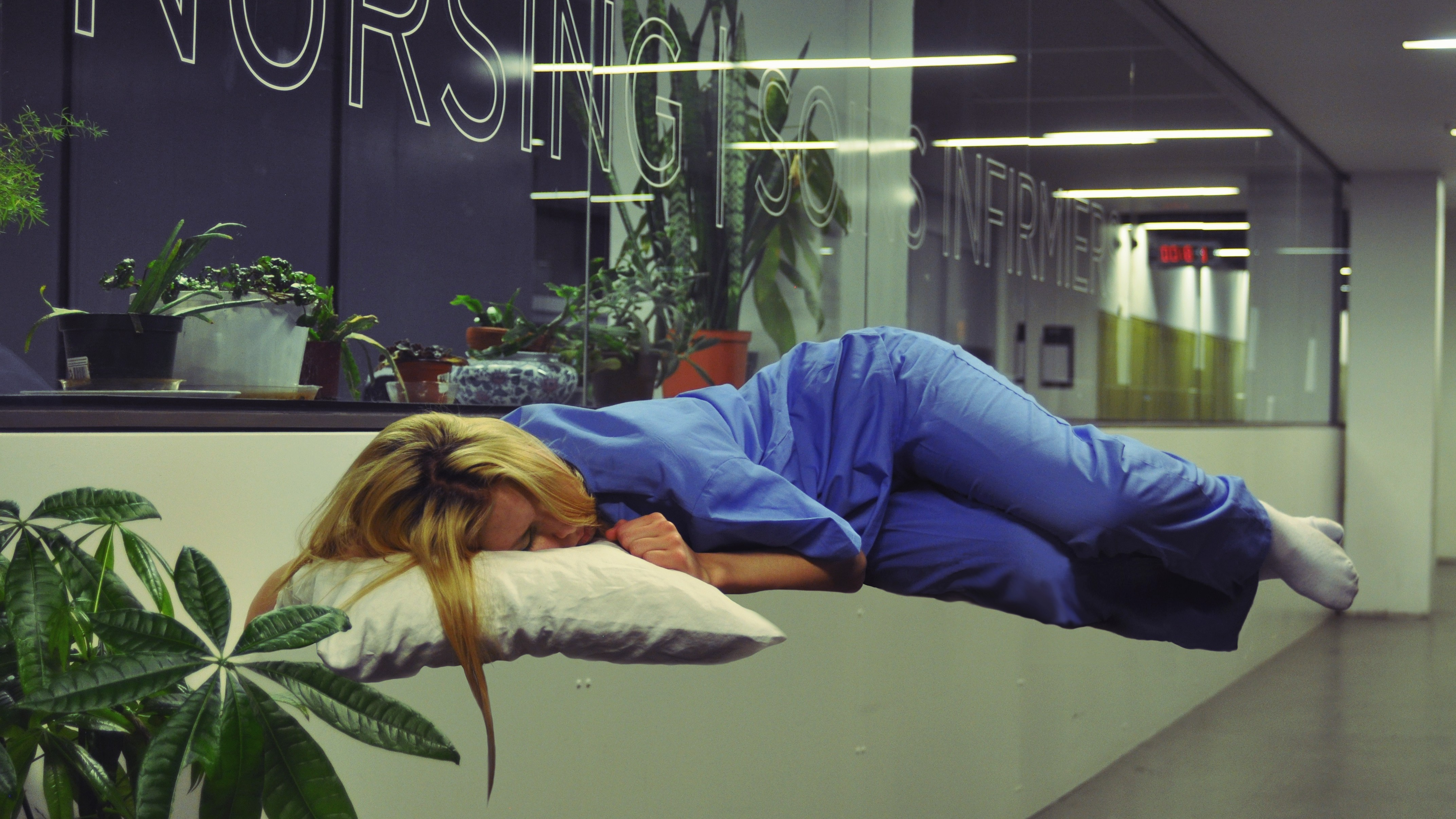 The Graveyard Shift: the Nurse Who Sleeps in Naps