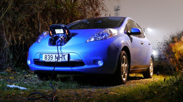 Hackers Can Download Trip Histories, Tamper With Fans of Nissan Electric Cars